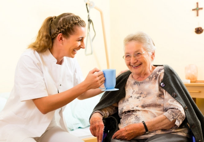 Tips-for-Caring-for-a-Loved-One-with-Dementia